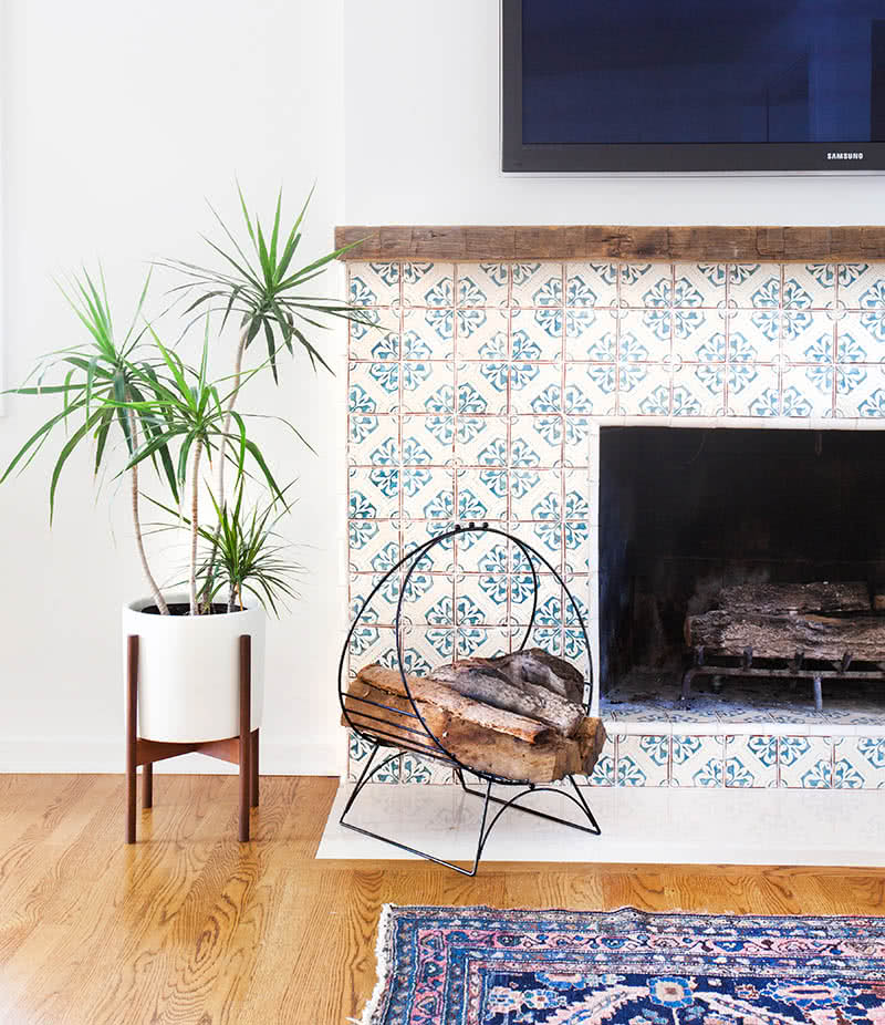 Spanish_Tile_Fireplace-2
